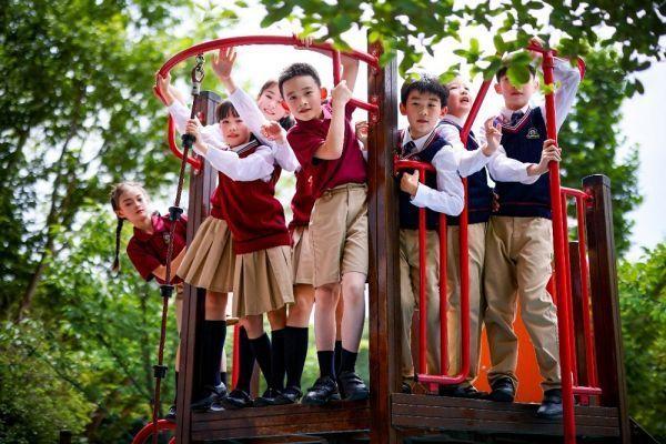 """""""双减""""之后首个开学,各地学生展现新面貌"""